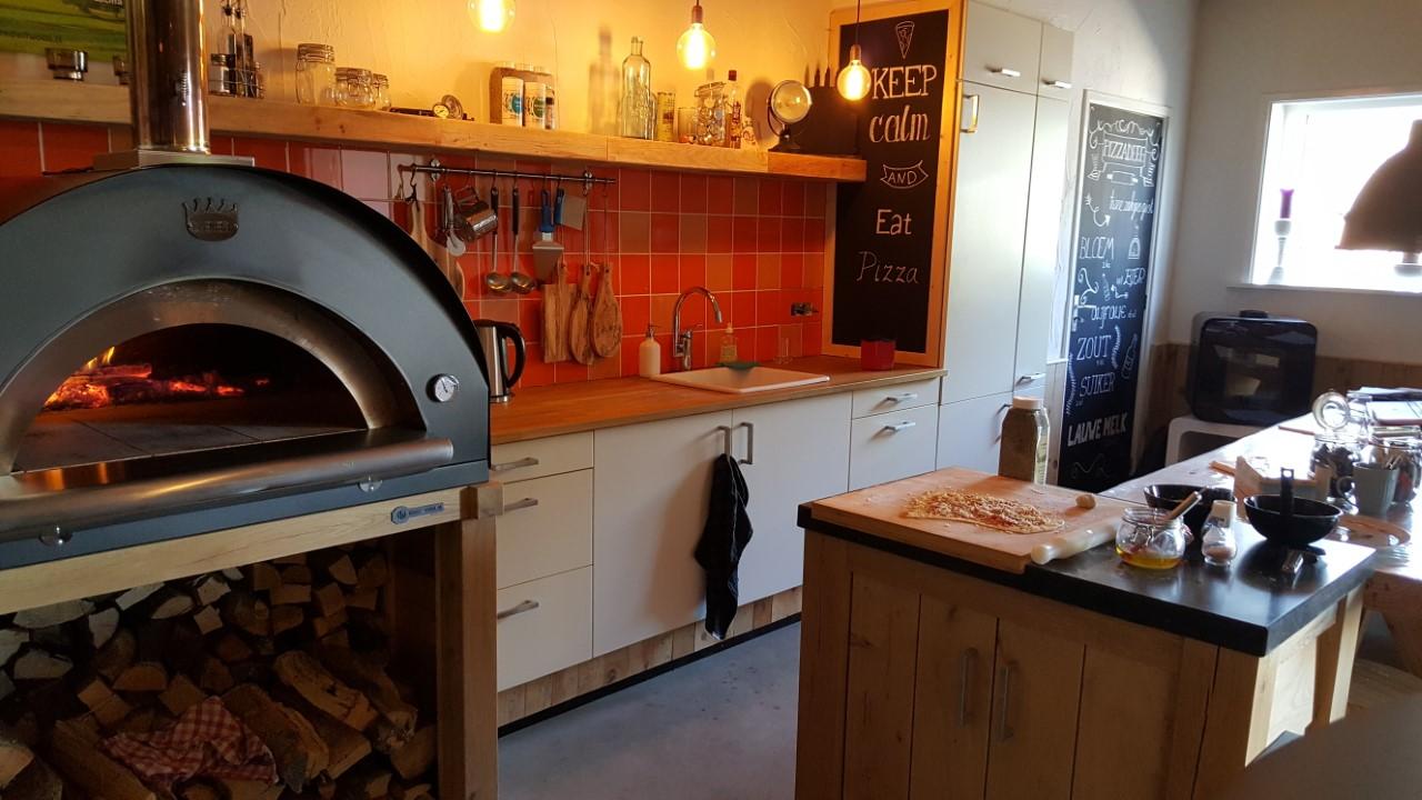 Pizzaoven Houtoven Broodoven Steenoven te koop